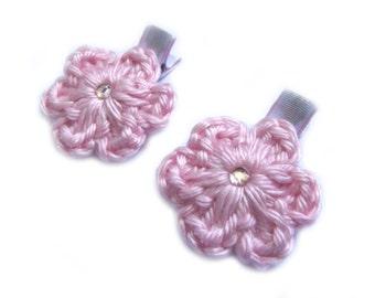 Light Pink Hair Clips Crochet Flower Hair Clips Alligator Clips Lined Hair Clips Light Pink Gingham Hair Clips Picnic Summer Hair Clips