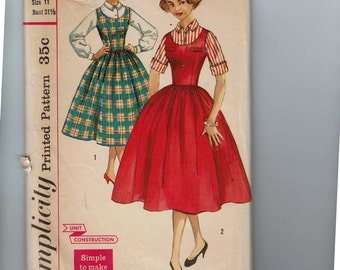 1950s Vintage Sewing Pattern Simplicity 2178 Juniors Blouse and New Look Full Skirt Jumper Size 11 Bust 31 1/2 50s