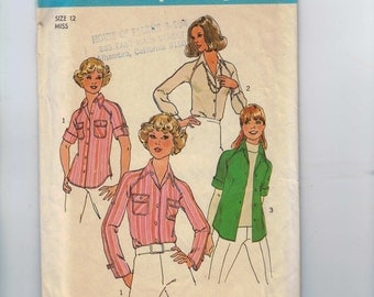 1970s Vintage Sewing Pattern Simplicity 7912 Raglan Sleeve Blouse Button Front Shirt Size 12 Bust 32 33 1977 70s