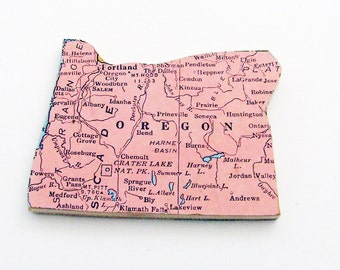 1940s Oregon Brooch - Pin / Unique Wearable History Gift Idea / Upcycled Vintage Wood Jewelry / Timeless Gift Under 25