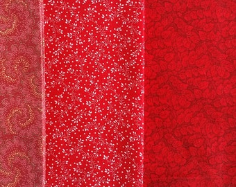 FQ028 ~ 4 Fat quarter Red fabric Paisley print Tiny print Leaves Quilting fabric
