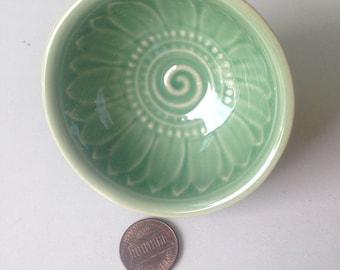 Ceramic Bowl, green, flower, flower bowl, rice bowl, soup bowl, sauce, round, mini, small, decoration, bowl, bali, thai, decor, lotus, mint