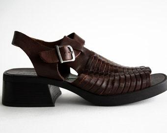 Size 9: 90's Huarache Woman's Dark Brown Vintage Sandal