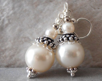 Pearl Earrings Ivory Bridesmaid Earrings Beaded Wedding Jewelry Bridal Sets Medium Length Ivory Pearl Dangles Off White Bridesmaid Jewelry