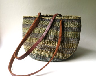 Large vintage Green and Purple Striped Woven Sisal Market Bag / Farmers Market Tote / Beach Bag