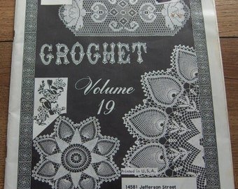 Vintage Crochet patterns Designs Elizabeth Hiddleson volume 19