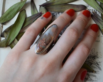 Woodlands Moss Plume Agate Statement Ring