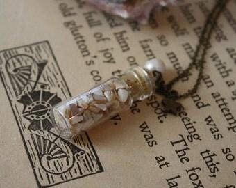 Mermaid Necklace - Seashell Necklace - Sea Witch Necklace - Mermaid Treasure - Fairy Tale Necklace - The Little Mermaid - Ocean Wedding