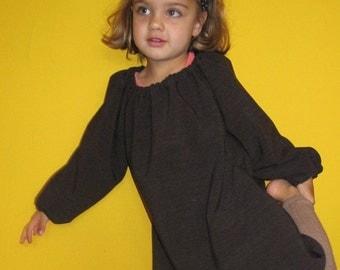 Clearance! Schoolgirl suit dress in 4-5 years