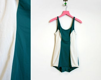 Vintage 1960s Green and White Dolfin One Piece Size 34