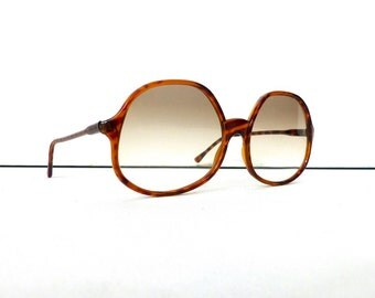 Renauld Mod Sunglasses // Women's Vintage 1960s // Tortoiseshell Large Frames // Made in Italy // #M53