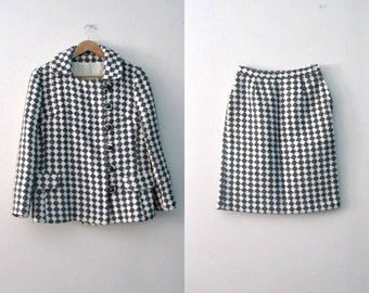 Vintage 60s checkered womens suit / Jacket and Skirt suit set / Mod Mad Men 60s two piece suit