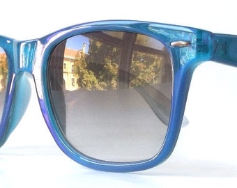 vintage 90s iridescent blue bright shimmery wayfarer sunglasses purple plastic frames grey gray sun glasses men womens eyewear fashion retro