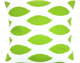 Green White Ikat Pillow Cover, Decorative Throw Pillows, Cushions, Lime Green White Ikat Chipper Pillow Couch Bed Sofa Pillows ALL SIZES