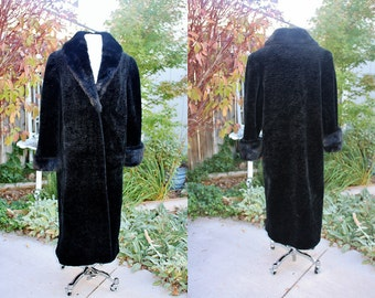 1980's Black FAux Mink Curl Lamb Persian Fur Size Medium Vintage Retro 80's Winter Heavy Olympia Gorgeous Vegan High Fashion