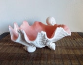 Vintage Fitz and Floyd White and Pink Porcelain Coquille Shell Footed Bowl