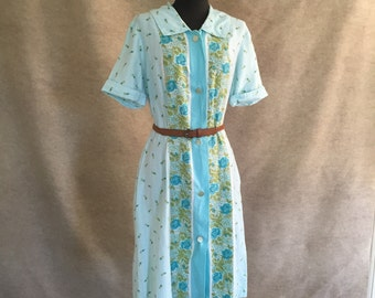 SOFT...Vintage 70's Shirtdress, Short Sleeve, Flannel, Aqua Blue and Green Floral Print, Women's Large to XL, Bust 42