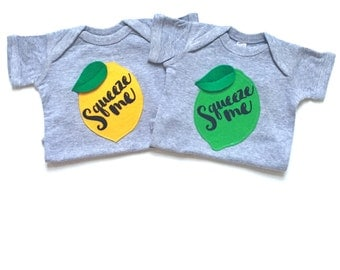 Squeeze me Baby Bodysuit, Lemonade, Trendy Baby Clothes, Graphic Tees, Gifts Under 25, New Baby Clothes, Birth Announcment, Baby Clothes,bey