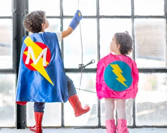 Baby SUPERHERO Cape Set - Superhero Cape PLUS Baby hero Wrist Bands - Lots of color combinations - Birthday gift - Photo prop - Baby Costume