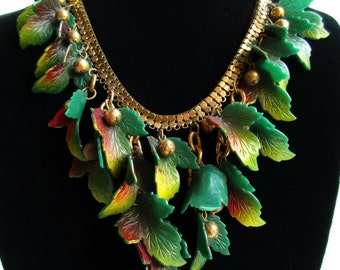 1940s Carved Leaf and Chainmail Necklace