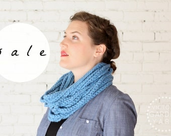 SALE | The Skipjack Cowl | SKY BLUE | Chunky Knit Infinity Rope Loop Cowl Scarf