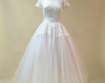 Vintage 1950s Wedding Dress...Ivory Tea Length Lace and Tulle Wedding Dress