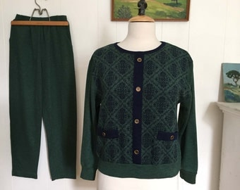 Vintage 1970s Top and Pants Suit Set Outfit Hunter Green & Navy Long Sleeve Pullover Small Medium Petite
