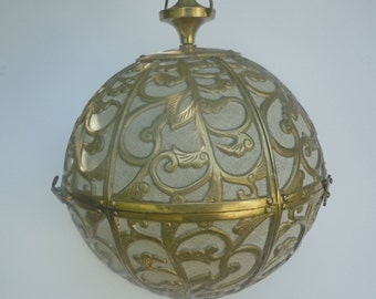 Elegant Hollywood Regency Pierced Brass Pendant Light