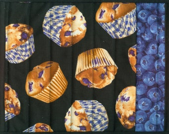 Blueberry Muffin Mug Rug handmade quilted