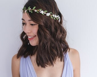 white & green rose flower hair wreath // bridal wedding flower crown headband rustic forest garden spring woodland headpiece