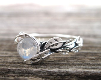 Moonstone Ring, Leaf Moonstone Ring, Moonstone Leaf Ring, Leaf Ring With Moonstone, Forest Leaves Ring, Friendship Silver Moonstone Ring