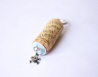 Skull Wine Cork Keychain, Skull Charm Cork Keychain, Cork Keychain, Keychain, Charm Keychain, Charm