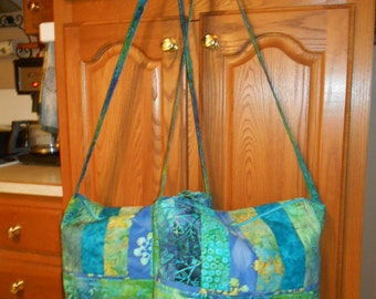 Quilted Batik Purse  Bag Tote  - Zipper Closure - Turquoise, Blue and Green