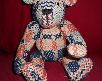 Teddy Bear, vintage coverlet