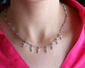 14k White gold diamond leafs necklace