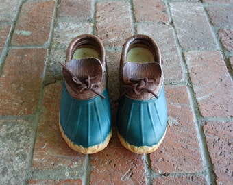 Vintage Womens 6 Eddie Bauer Low Top Slip On Rain Duck Ducky Duckie Boot Boots Bootie Booties Green Brown Leather Rubber Preppy Hipster Boho