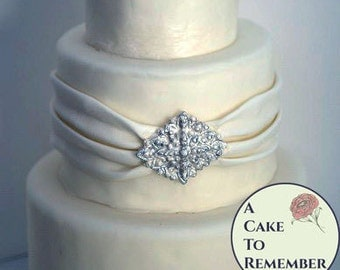 Edible Sugar Diamonds that are Affordable for cake