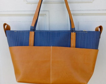 Canvas Leather Weekender Bag,  Womens Weekend Bag, Leather Weekend Bag