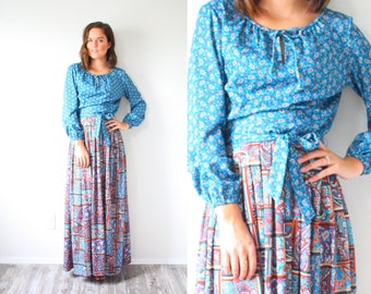 Vintage modest boho blue paisley floral dress // 70's retro navajo maxi long sleeve dress fall dress // festival modest dress // hippie