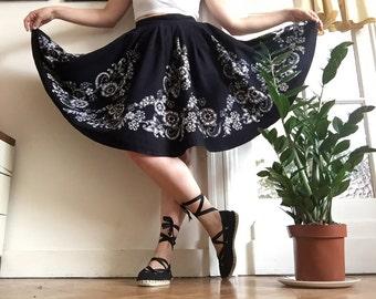 Vintage 50s Full Circle Skirt Hawaiian Tiki Skirt