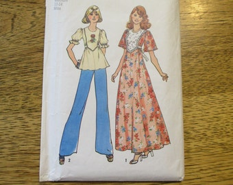 """1970s BOHO / Hippie Blouse or Gypsy Peasant Maxi Dress - Size Medium (Bust 34 - 36"""") - VINTAGE Sewing Pattern Simplicity 6931"""