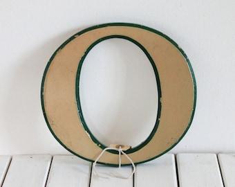 Vintage Shop letter O, Green trim