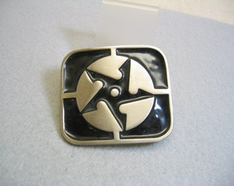 Vintage Enamel Asian Throwing Star, Belt Buckle, Cast Metal