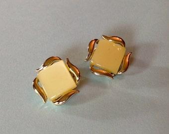 Lemon Squares Lucite Clip On Earrings NOS Unworn