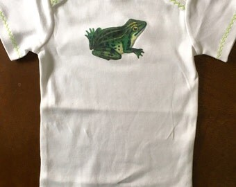 Green Frog Bodysuit with Green ZigZag Embroidery - Gender Neutral Baby 6-12 Months