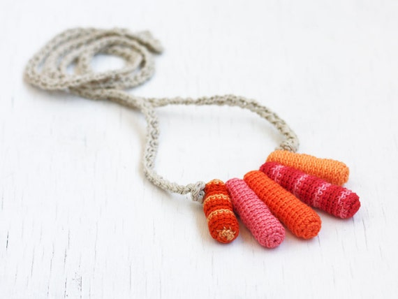 Nursing necklace with long beads Orange pink red Baby shower gift for mom to be Babywearing jewelry Teething necklace Spring Summer