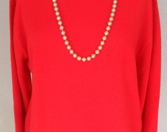 Sweater Classic Turtleneck Red Size Large Vintage 1970's