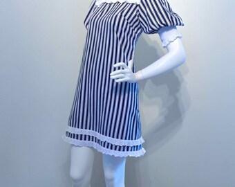Vintage 1960s QUANT Style Mod Mini Dress // Bold Stripes // Twiggy // Carnaby Street Styling
