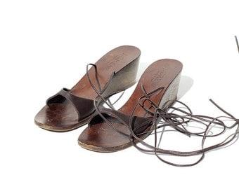 ITALIAN Brown Leather Gladiator Sandal / size 5