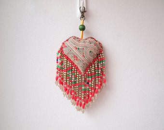 Bohemian Hmong Embroidered Pom Pom Bead Vintage Charm Accessoire